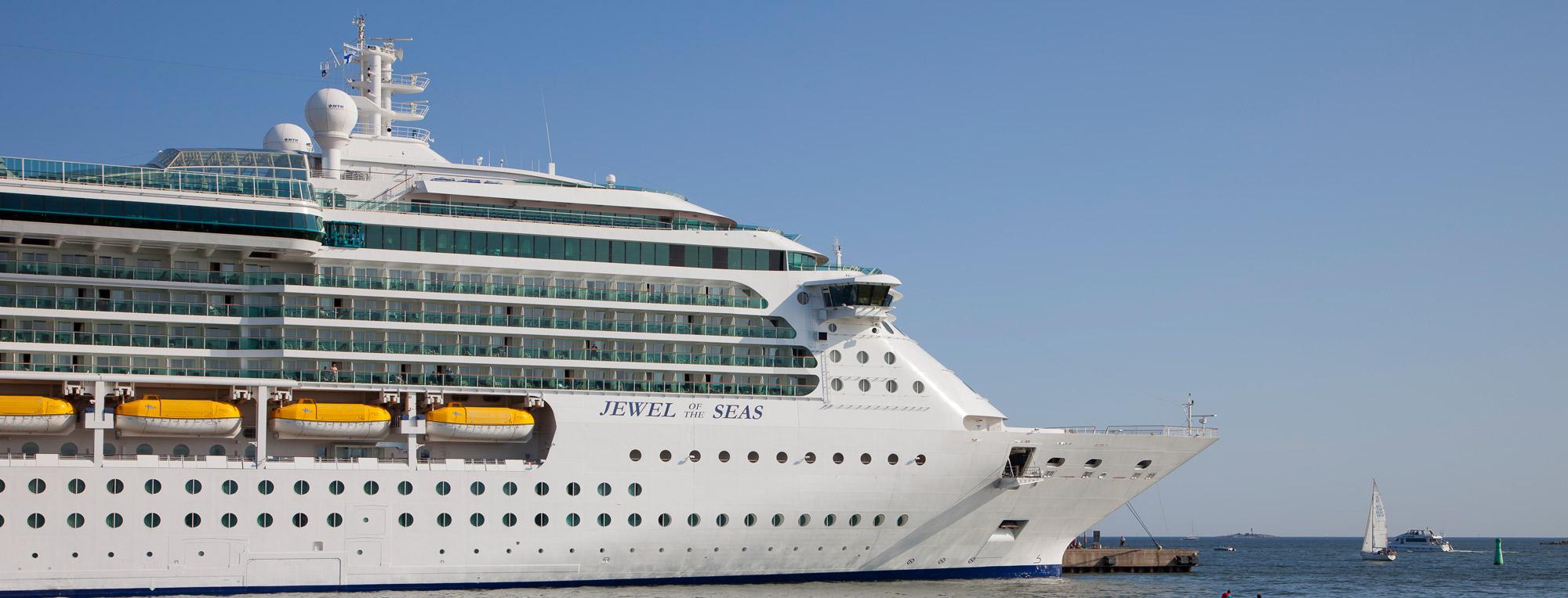 Cruise Suomeksi